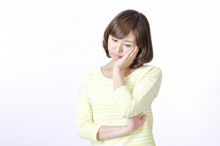 女性の薄毛にはどんな症状がある?原因は?