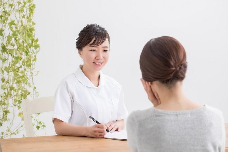 女性の抜け毛の対策は、女性の頭髪治療専門のクリニックに相談しよう
